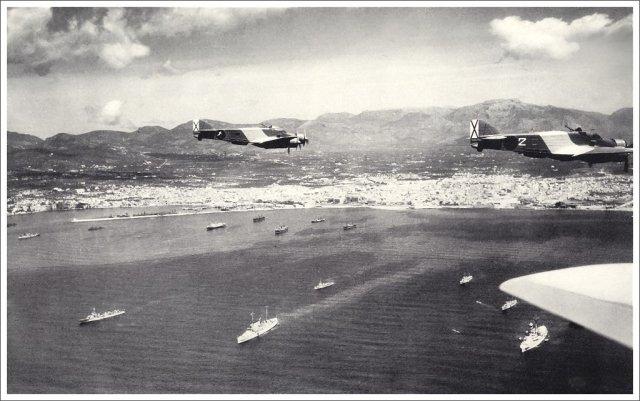 Avions italians entrant per la badia de Palma