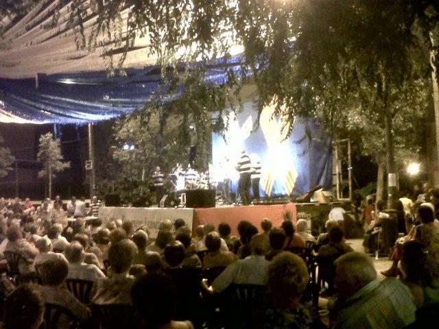 Actuació Arpellots el 28 de juliol de 2012 a Sant Jordi